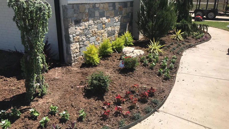 Landscaping Tips To Sell Your Tulsa, Oklahoma Home
